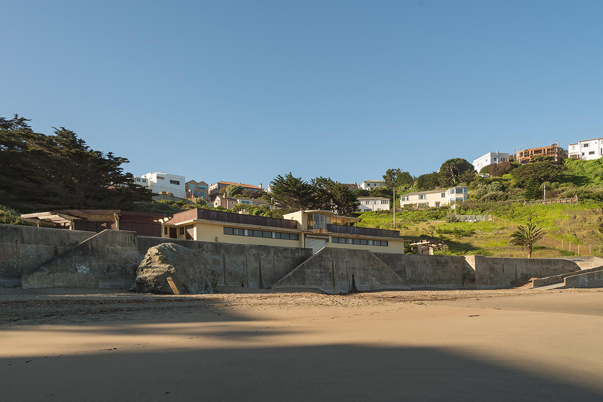 China Beach bathhouse