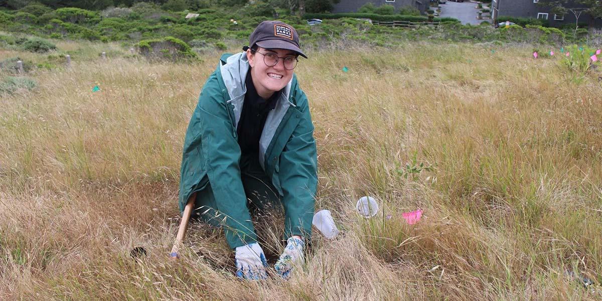 Park Stewardship San Mateo intern Laurasia Holzman Smith.