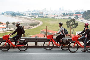 Electric bike share is now available at the Presidio via JUMP Bikes