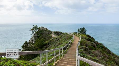boardwalk leading to Muir Beach overlook