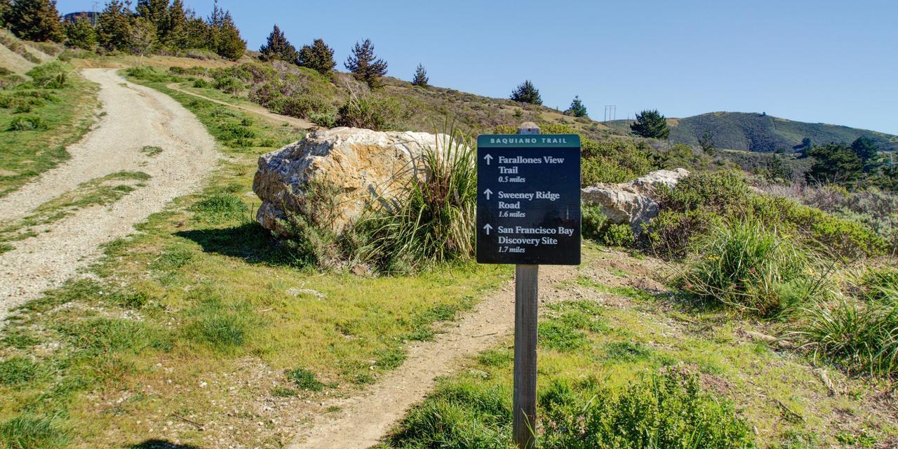 Baquiano Trail up Sweeney Ridge