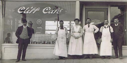 Koch-Cliff Cafe & staff c1912
