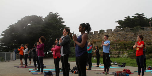 Yoga in the Sutro Heights Park